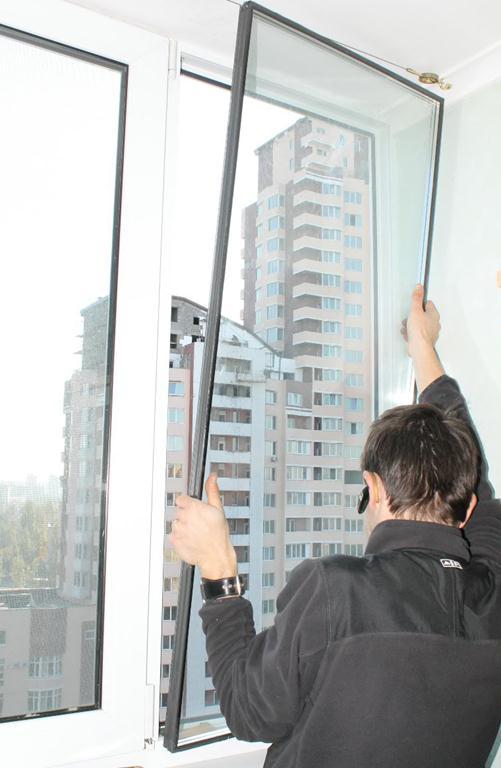 снять стеклопакет пластикового окна