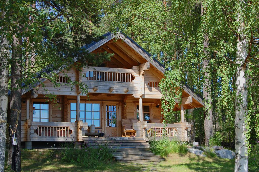 Рубленные дома из кедра