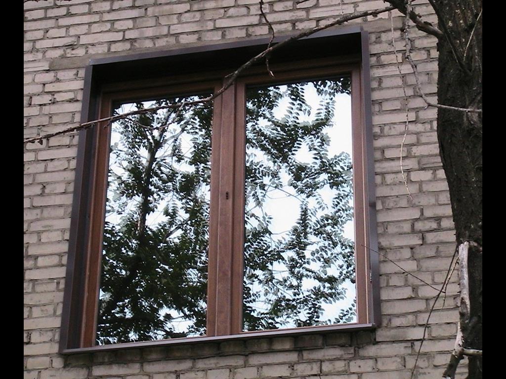 отделка пластикового окна снаружи