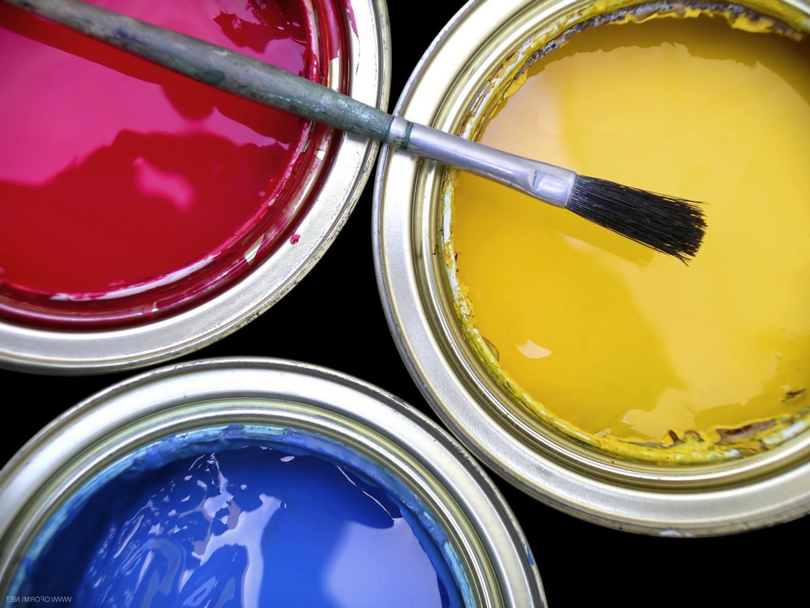 Преимущества акриловых красок для интерьера
