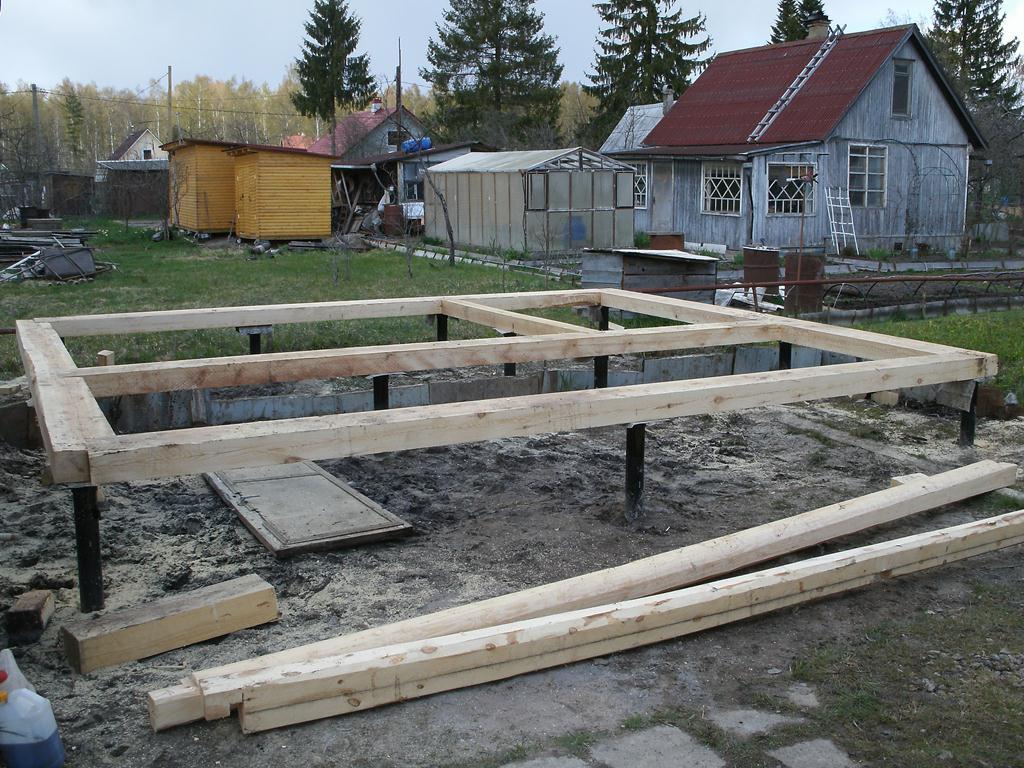Подготовить фундамент под сруб